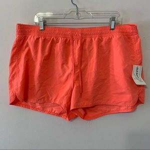 🧡3/$30 Old Navy Hot Pink Shorts in XL